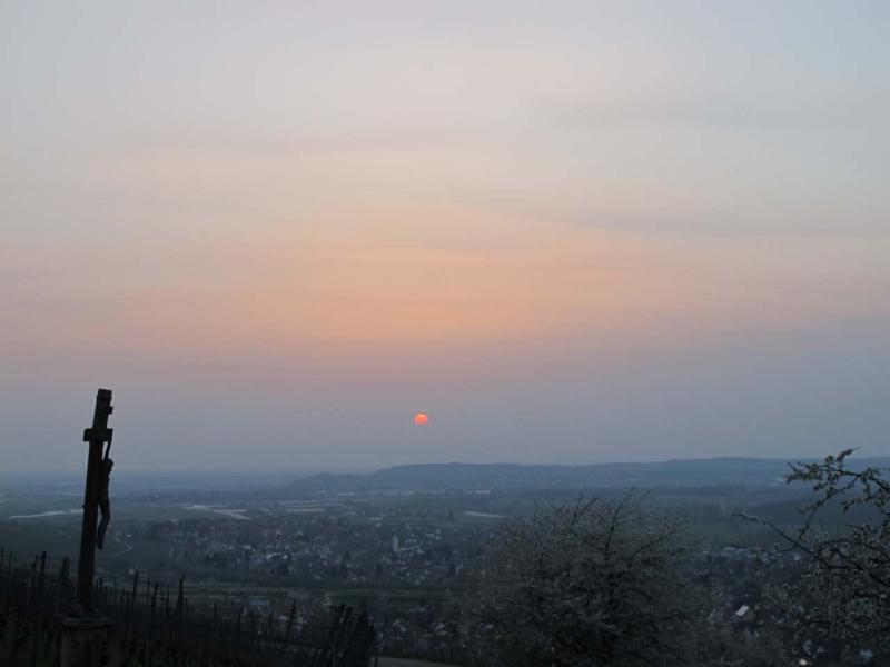 2010-04-17-sonnenuntergang-vulkanaschenwolke